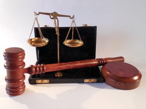 法律、民法